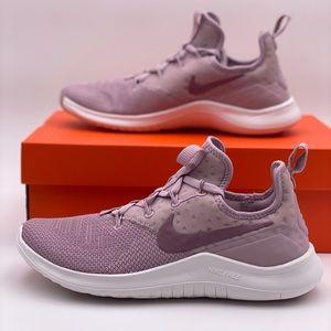 WMNS Nike Free Tr 8